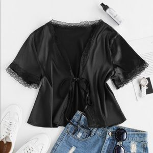 ZAFUL Lace Front Tie Satin Blouse